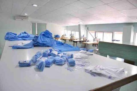 ساخت کارخانجات و ماشين آلات توليد البسه بيمارستاني