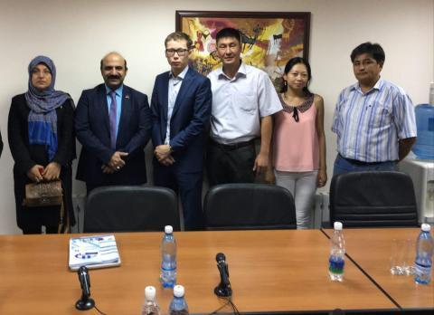 مذاکرات تجاری شرکت نیامش سازنده کارخانه های تولید تجهیزات پزشکی در شهر بیشکک کشور قرقیزستان