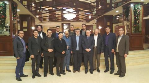هیات تجاری ایران در سفر قزاقستان در کنار آقای دکتر خسرو تاج ریاست سازمان توسعه تجارت در شهر آستانا
